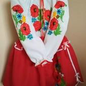 Українські костюми, вишиванки. Вишиті сукні.