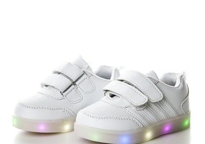 521bfc239f4b64 Дитячі кросівки з підсвіткою) Мінімальна ціна!!! совместная покупка ...