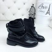 Хит продаж!!!Стильные женские ботинки отличного качества.Размер 40 в наличии.Больше нет на складе.