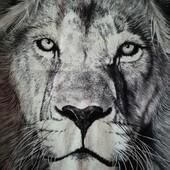 Футболка Лев, Волк. Рисунок светится в темноте.