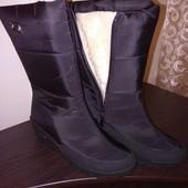 Зимові фабричні дуже теплі чобітки, не промокають КОМУ р. 38, 39,?
