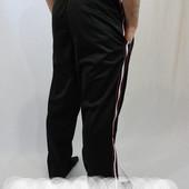 Брюки мужские эластиковые с широкой полоской.