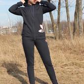 Женский спортивный демисезонный костюм Adidas