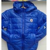 Куртки демисезонные, 2 цвета, есть жилетки.
